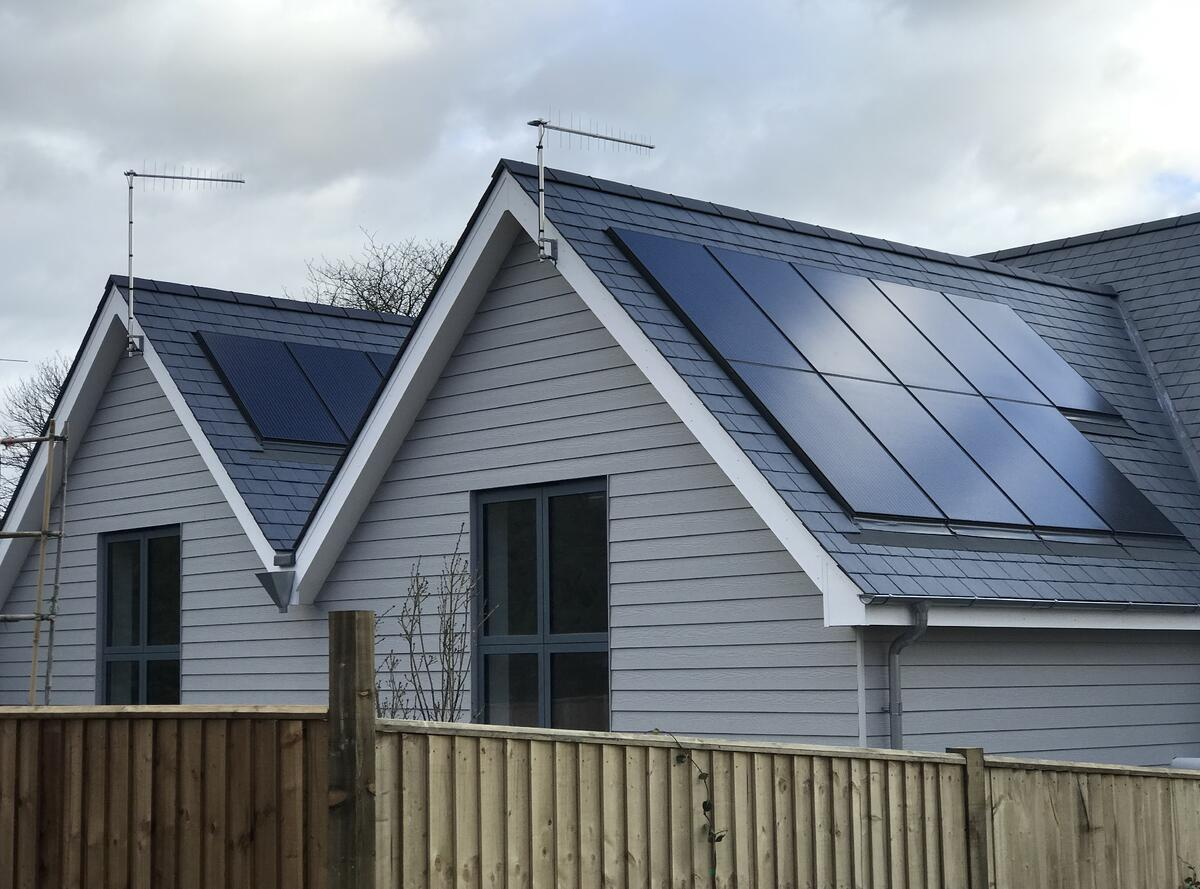 Using bifacial panels on a sloping roof